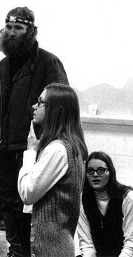 Marilyn Buck at an SDS conference in 1969